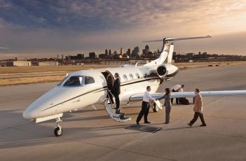 Business jet.jpg
