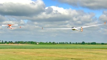 glider towing.jpg